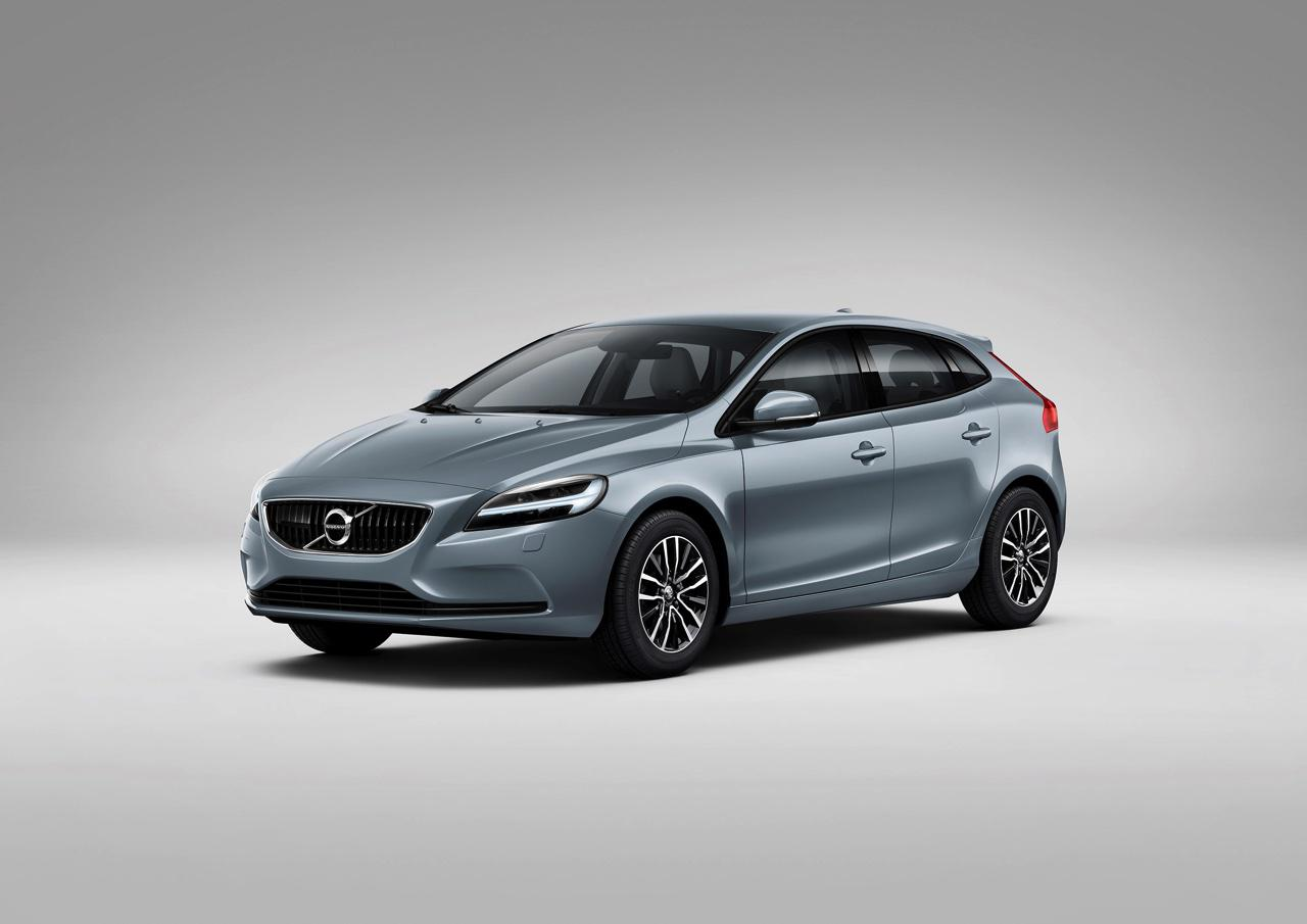 These Are The New Features Of Volvo To The 2017 moreover 2017 Volvo Xc60 as well Micah Gianneli S Blog likewise Prix Ford Kuga 2016 Des Tarifs A Partir De 23 700 Euros 7111384 8818918 Photos additionally Volvo V40 Modeljaar 2017 Vernieuwd Met Facelift. on 2017 volvo xc90